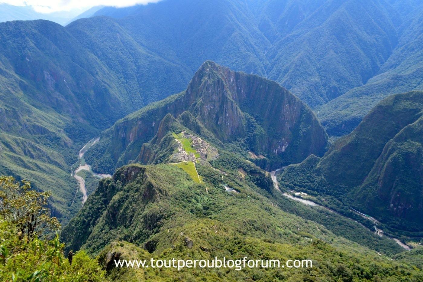Vue au sommet de la Montagne du Machu Picchu